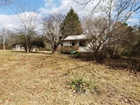 Country Home And 2.88 Acres : Pomona : Howell County : Missouri