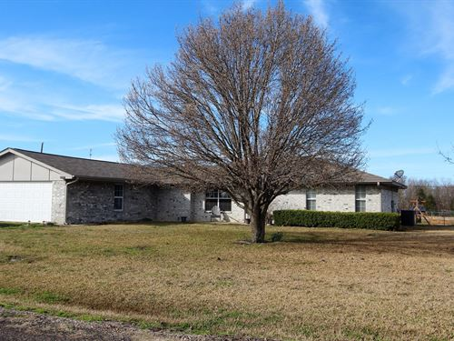 Country Home Property Deport Texas : Deport : Lamar County : Texas