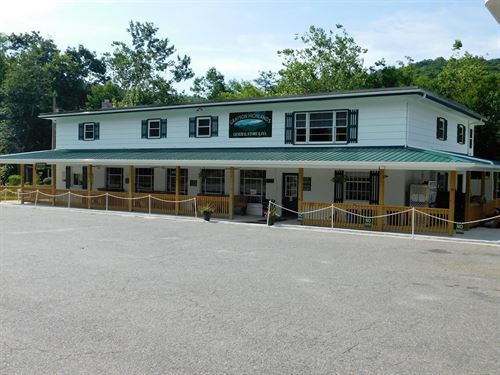 Country Store Inn Located Grayson : Mouth Of Wilson : Grayson County : Virginia