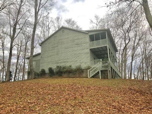 Potential Bed & Breakfast Floyd VA : Willis : Floyd County : Virginia