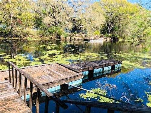 Canal Front Lot 777460 : Old Town : Dixie County : Florida