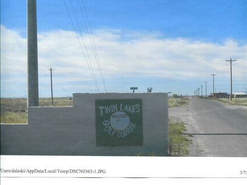 Twin Lakes Country Club Lots : Willcox : Cochise County : Arizona