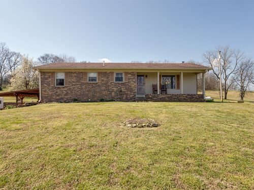 All Brick Ranch, 5 Bedrooms, Santa : Santa Fe : Maury County : Tennessee