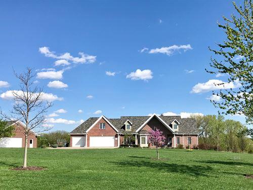 Premier Acreage Near Hickman : Roca : Lancaster County : Nebraska