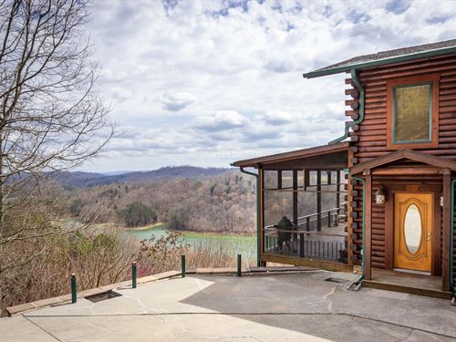 East Tn Log Home, Norris Lake Views : New Tazewell : Claiborne County : Tennessee