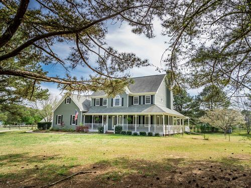 2 Story Home With Tree House & Barn : Conyers : Rockdale County : Georgia