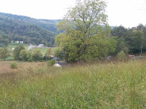 Beautiful Views Of Newmans Ridge : Sneedville : Hancock County : Tennessee