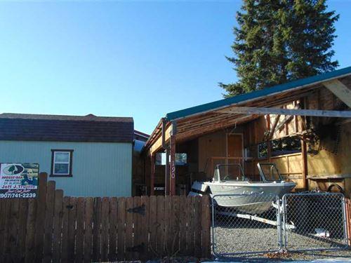 Fish On, Turn Key Fishing Cabin on : Soldotna : Kenai Peninsula Borough : Alaska