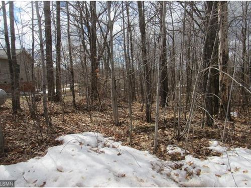 .5Ac Lot City Utilities Moose Lake : Moose Lake : Carlton County : Minnesota