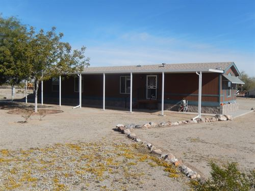 Singl Wide on 2.05 Acres : Salome : La Paz County : Arizona