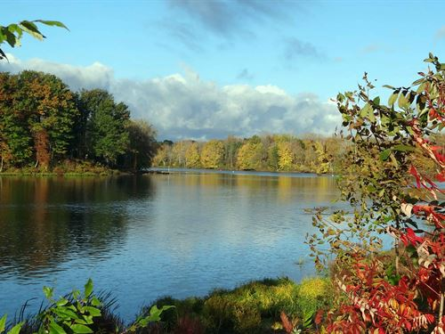 Oswego Riverfront Lot : Baldwinsville : Onondaga County : New York