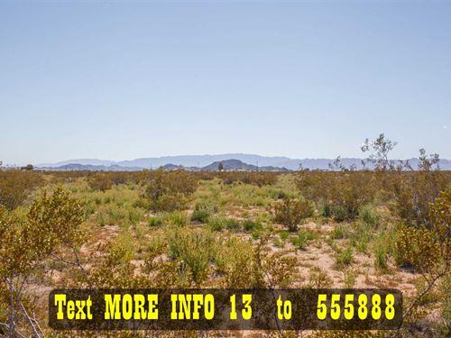 1.94 Acres With Water, Power Nearby : Joshua Tree : San Bernardino County : California