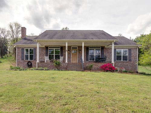 Custom Built Home, Premier Features : Culleoka : Maury County : Tennessee