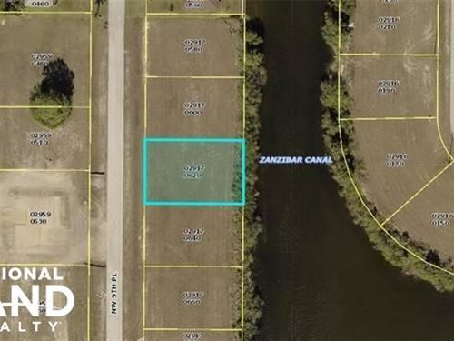 Stunning Freshwater Cape Coral Lot : Cape Coral : Lee County : Florida