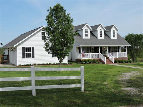 Country Home Harrison & Bull Shoals : Harrison : Boone County : Arkansas