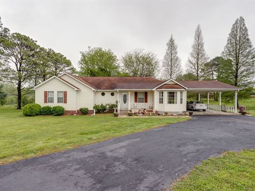 Great Floor Plan, Ready New Owner : Columbia : Maury County : Tennessee