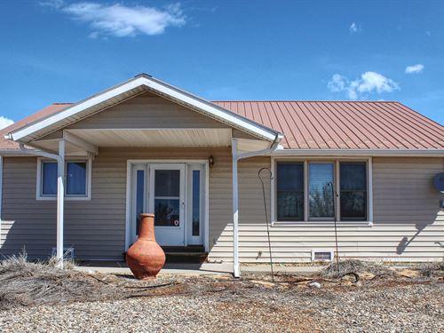 Home For Sale Near Mancos, CO : Mancos : Montezuma County : Colorado