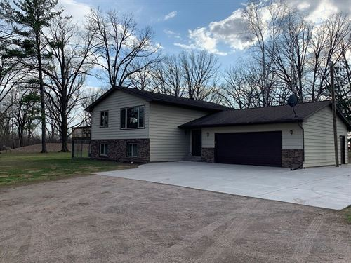 Beautiful 4Br/2Ba Home 5 Acres : Milaca : Mille Lacs County : Minnesota