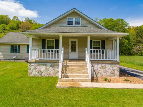 Quaint Home in a Country Setting : Bluefield : Tazewell County : Virginia