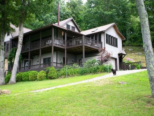 Wonderful Mountain Home : Independence : Grayson County : Virginia