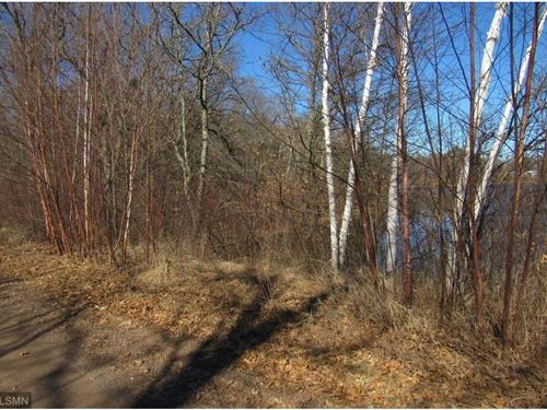Mirror Lake Acreage Waterfront : Moose Lake : Carlton County : Minnesota