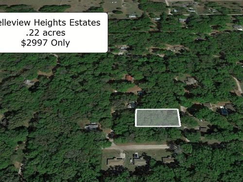 .22 Acre Lot On Tree Covered Road : Summerfield : Marion County : Florida