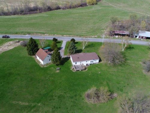 Country Getaway House & Garage : Sharon Springs : Schoharie County : New York