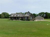 4 Bedroom Home Pool & Shop : Adamsville : Hardin County : Tennessee