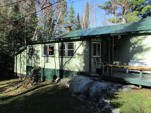 Lake Kabetogama Cabin Voyageurs : Kabetogama : Saint Louis County : Minnesota