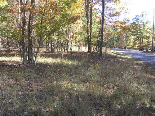 Mountain Gated Community : Dunlap : Sequatchie County : Tennessee