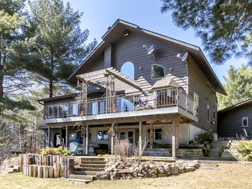 Distinctive Custom Built Chalet : Minocqua : Oneida County : Wisconsin