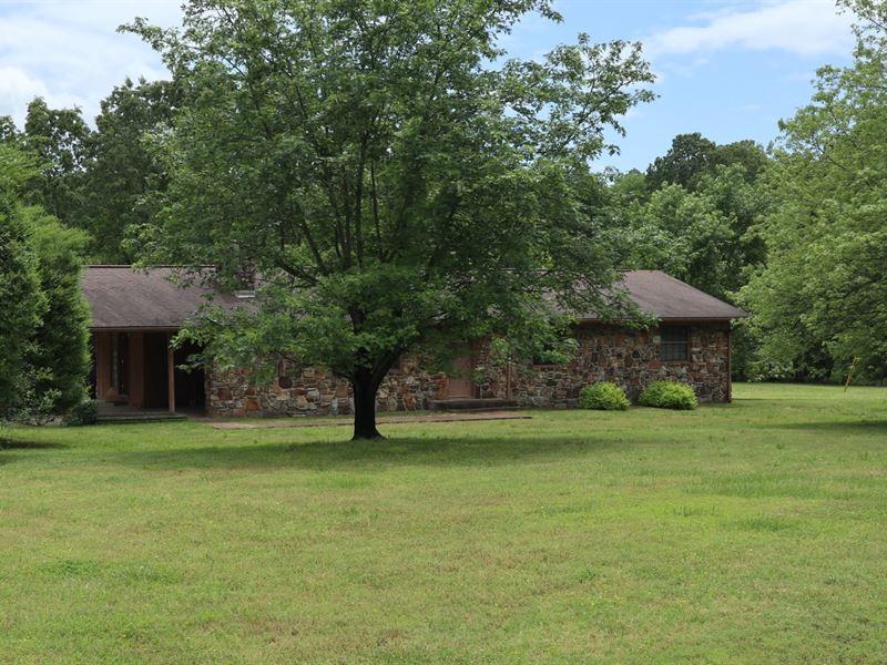 Ozarks Country Home Hobby Farm : Camp : Fulton County : Arkansas