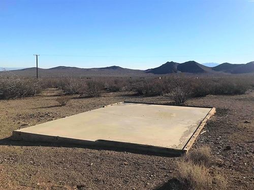 Nice Lot, Power, Access, $255/Mo : Adelanto : San Bernardino County : California