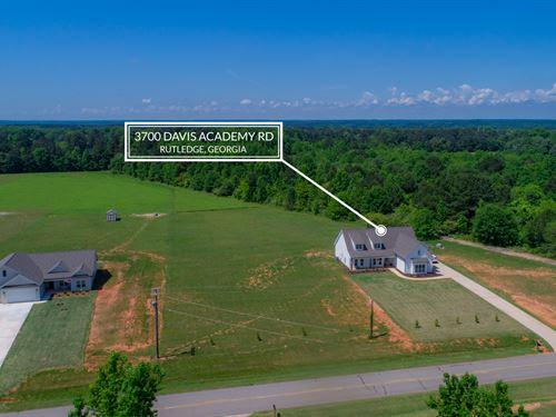 Like New Farmhouse Style Ranch : Rutledge : Morgan County : Georgia