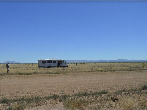 Electric Box On 1/3 Acre Lot : Douglas : Cochise County : Arizona