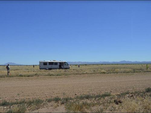 Electric Box On 1/3 Acre Lot : Douglas : Cochise County : Arizona