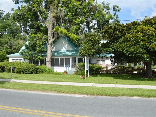 Great Corner Lot : Wellborn : Suwannee County : Florida