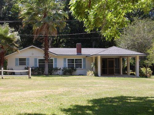 Summer Retreat On Santa Fe : Melrose : Bradford County : Florida