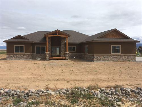 Colorado Living at Its Best : Montrose : Colorado