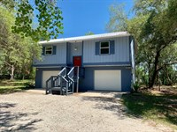 Suwannee River Waterfront Home : Fanning Springs : Gilchrist County : Florida