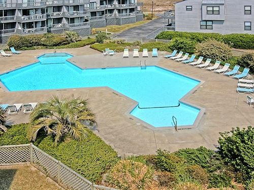 Oceanfront Condo For Sale in : North Topsail Beach : Onslow County : North Carolina