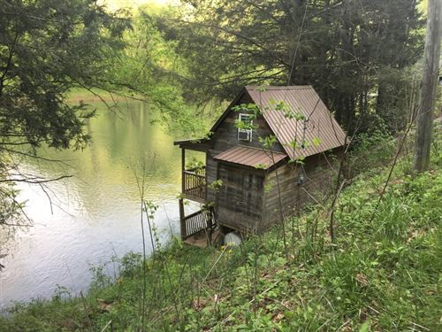 The Camp Of Your Dreams : Clay : West Virginia