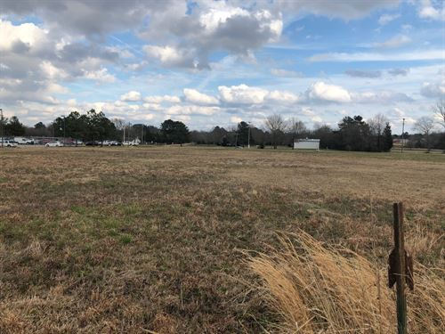 Centrally Located Commercial Prop : Brandon : Rankin County : Mississippi