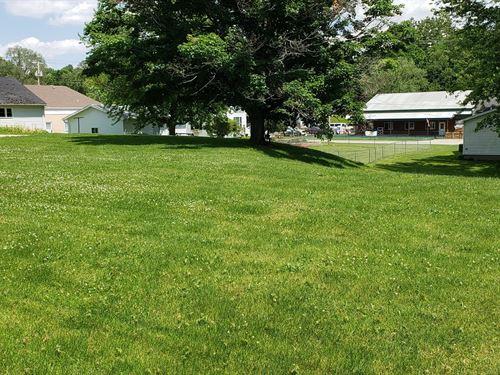 Buildable Lot : Anamosa : Jones County : Iowa