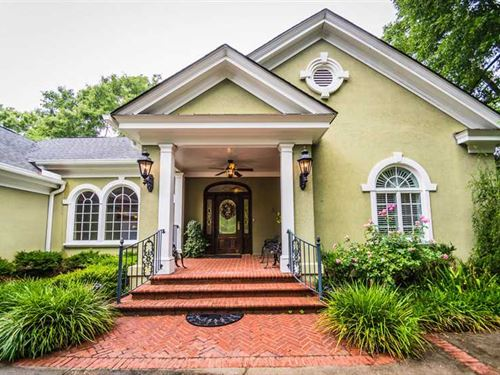 Luxury Waterfront Home Located on : Florence : South Carolina