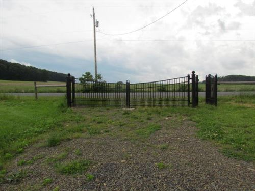 Lot With Metal Barn And Tack Room : Catawissa : Montour County : Pennsylvania