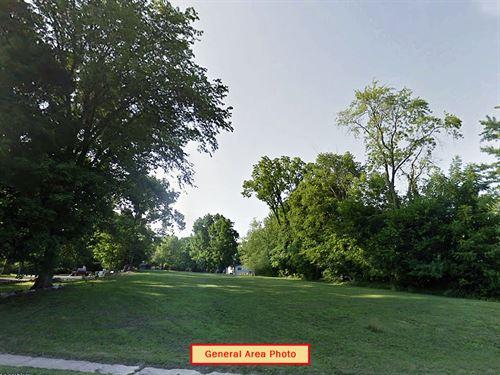 .16 Acre Residential In Winamac : Winamac : Pulaski County : Indiana