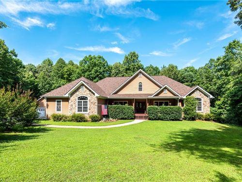 5 Bed 4.5 Bath Home On 5 Acres : Ellijay : Gilmer County : Georgia