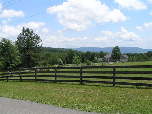 Mountain And Valley Views : Dunlap : Sequatchie County : Tennessee
