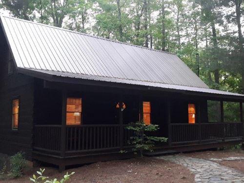 Cozy Log Home State Lake Property : Stuart : Patrick County : Virginia
